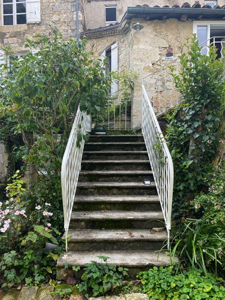 11 - garden steps to salon