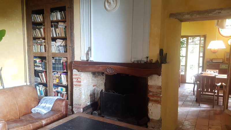 maison à vendre avec salon et cheminée Gers 32
