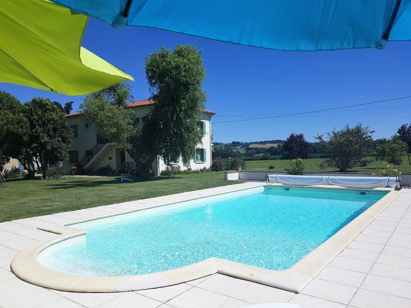 maison gasconne typique avec piscine à vendre dans le gers