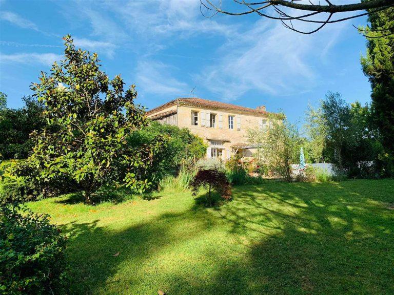 Maison pierre avec piscine à vendre près de Lectoure Gers 32