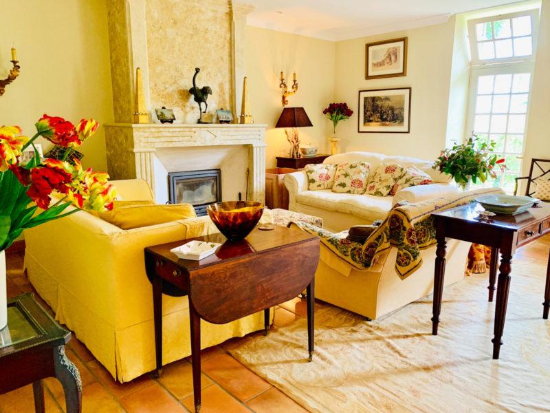 maison gasconne à vendre avec grand salon