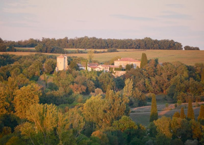 belle maison de campagne avec vue sur le Gers